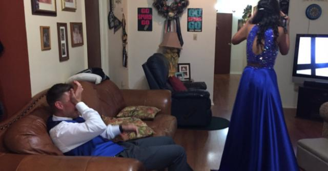 This Guy Started Crying When He Saw His Girlfriend In Her Prom Dress