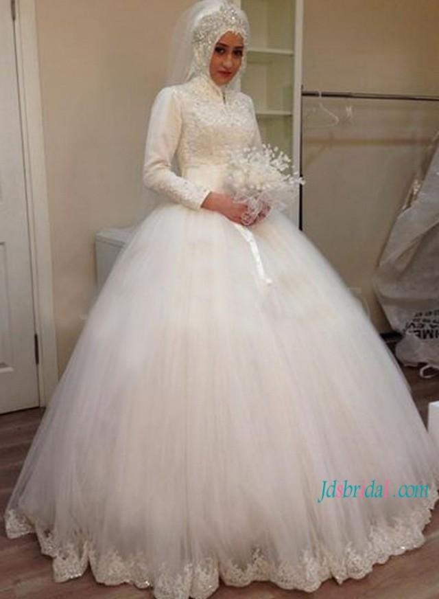 wedding photo - Islamic high neck long sleeves tulle ball gown wedding dress