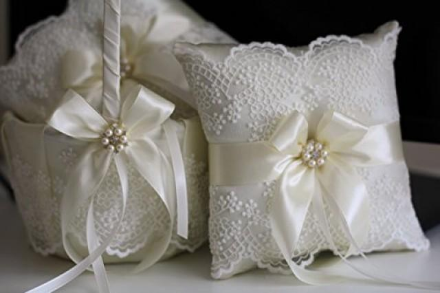 wedding photo - Lace Wedding Pillow, Ivory Wedding Basket, Ivory Flower Girl Basket, ivory Ring bearer Pillow, Beige Wedding Pillow Basket Set, Lace Bearer