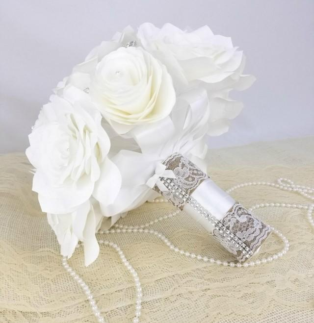 wedding photo - White bridal bouquet