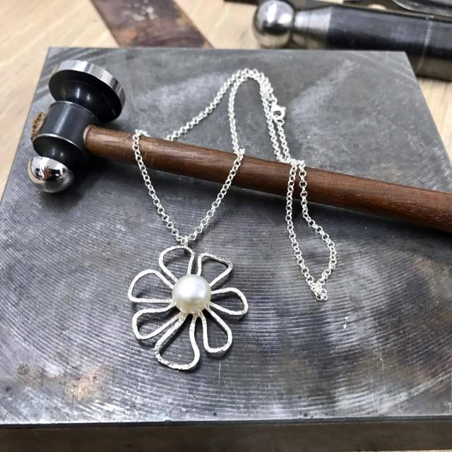 wedding photo - Silver daisy pendant, Pearl necklace, silver pearl pendant, open silver pendant, Rolo Necklace, 925 silver necklace, flower pearl pendant