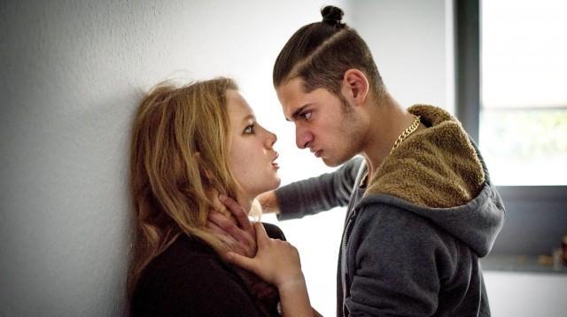 Loverboys - wenn Mädchen verführt und verkauft werden