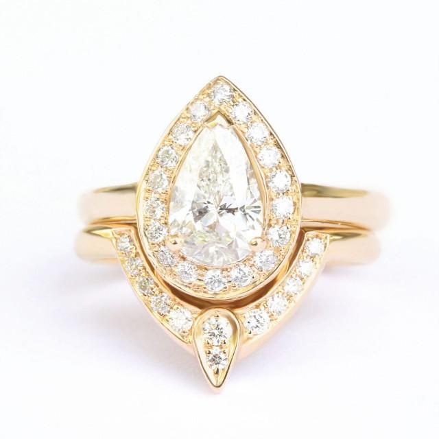 wedding photo - 3rd Eye Ring Bridal Set, Third Eye Pear Engagement Ring Matching Side Ring, Natural Diamond Pear Halo Ring, Diamond 3rd Eye - $3490.00 USD