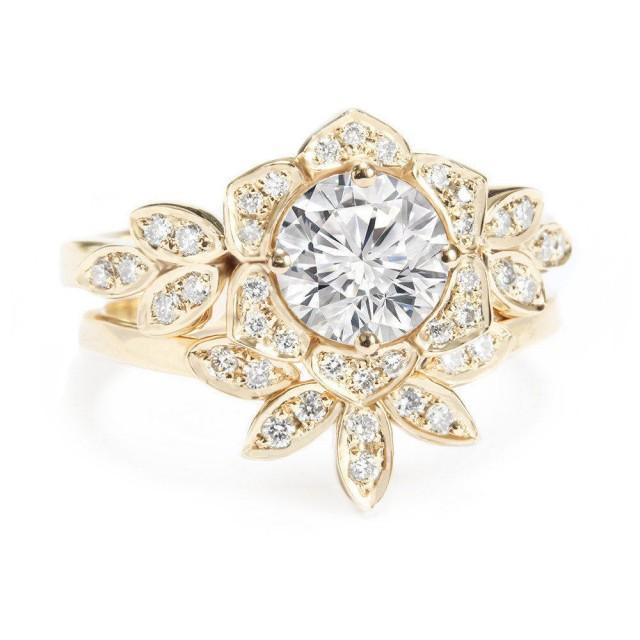 wedding photo - Lily Flower Diamond Engagement Ring with Matching Leaves Diamond Band, 1.0 carat, Bridal Wedding Engagement Diamond Ring set. - $3650.00 USD