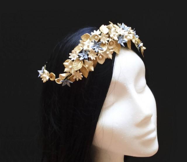 wedding photo - Bridal crown. Bridal headpiece. Wedding crown. Bride flower crown. Floral headpiece. Bridal wreath. Porcelain flower crown. Bridesmaid hair - $82.90 EUR