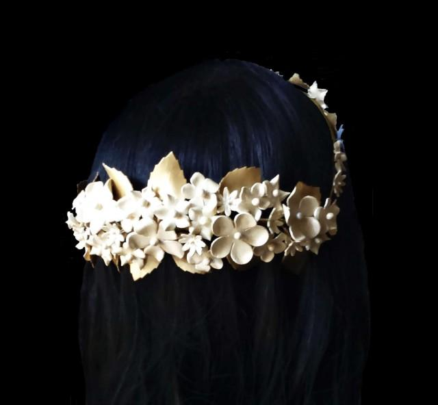 wedding photo - Bride crown. Flower crown. Wedding wreath. Bridal flower halo. Porcelain crown. Bridal headpiece. Floral crown. Porcelain headpiece. - $79.00 EUR