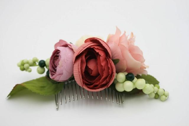 wedding photo - Pink rose Bridal flower hair comb Wedding hair comb Bridesmaid comb Floral hair comb Bridal headpiece Dusty pink Pretty Blush hair comb - $45.00 USD