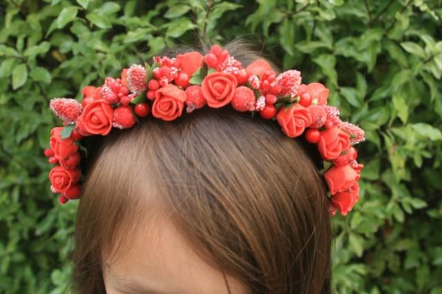 wedding photo - Bridal flower hair crown Red Winter boho gift Halo crown Bridal rustic crown Wedding flower Bridal hair piece Red bridal hair crown - $19.95 USD
