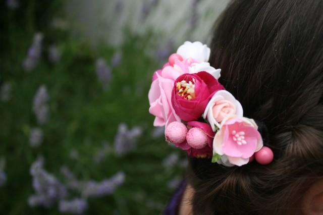 wedding photo - Pink Bridal flower hair comb Winter Wedding hair comb Decorative comb Floral hair comb Bridal hair piece Bridal hair comb Valentine Gift - $18.00 USD