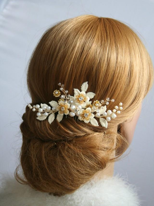 wedding photo - Bridal hair comb Ivory Wedding hair comb Bridal hair accessories Bridal hair flower Wedding hair accessories Ivory flower - $50.00 USD