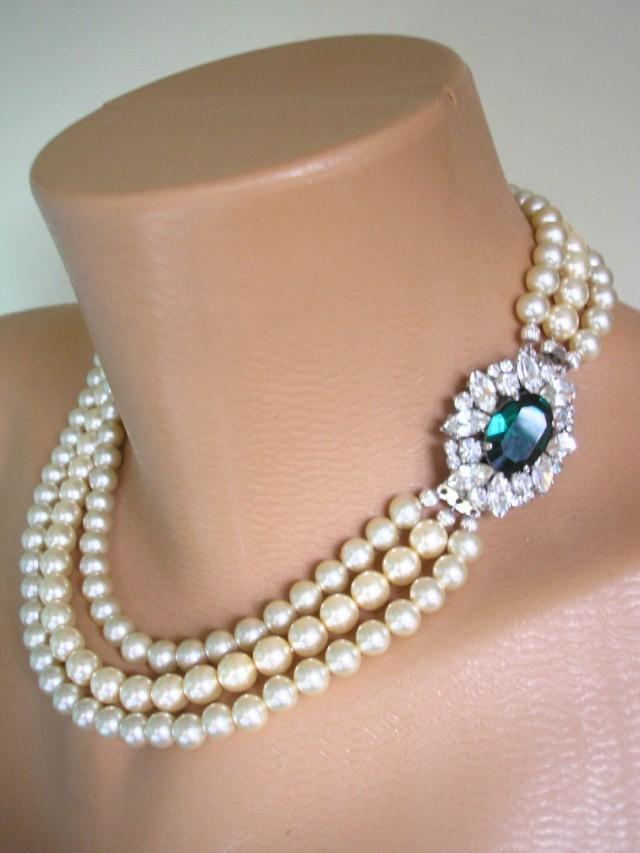 wedding photo - Pearl And Emerald Rhinestone Necklace