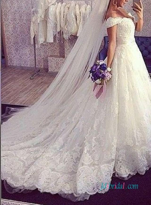 wedding photo - H1006 The most beautiful off the shoulder princess lace wedding dress