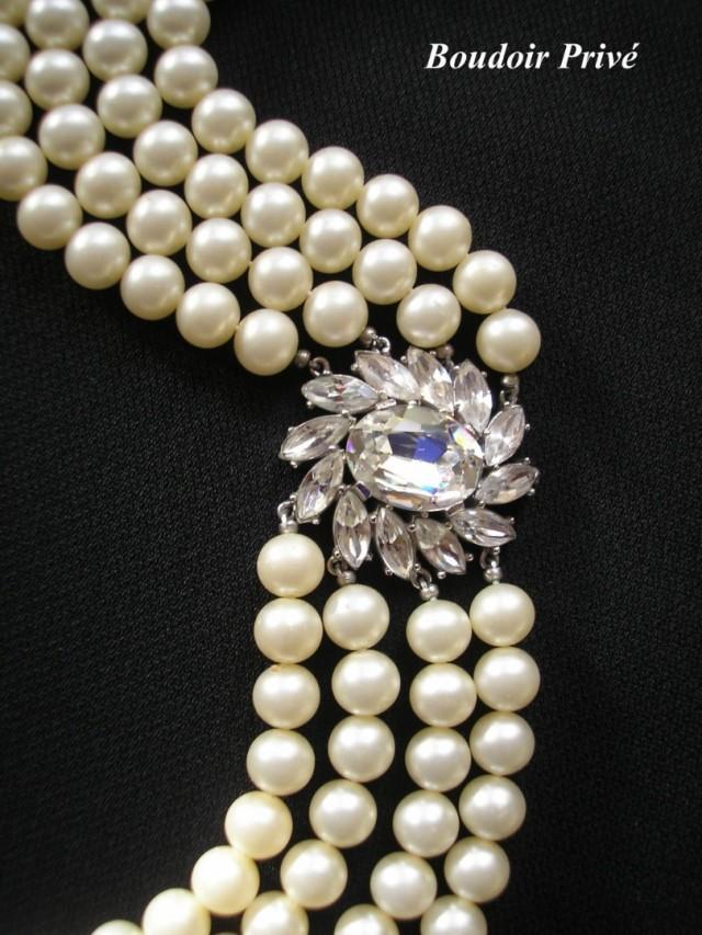 wedding photo - Vintage Signed Trifari Pearl Choker