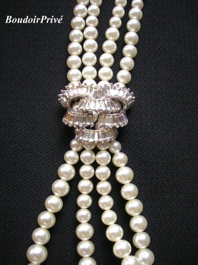 wedding photo - Vintage Signed Boucher Pearl Necklace