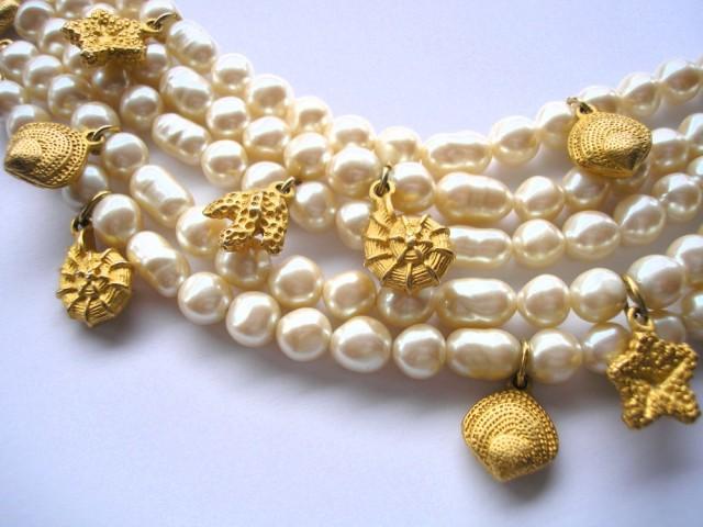 wedding photo - Vintage Richelieu Pearl Bracelet