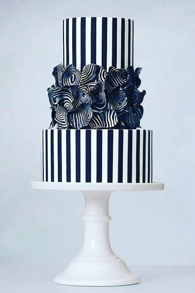 30 Black And White Wedding Cakes Ideas