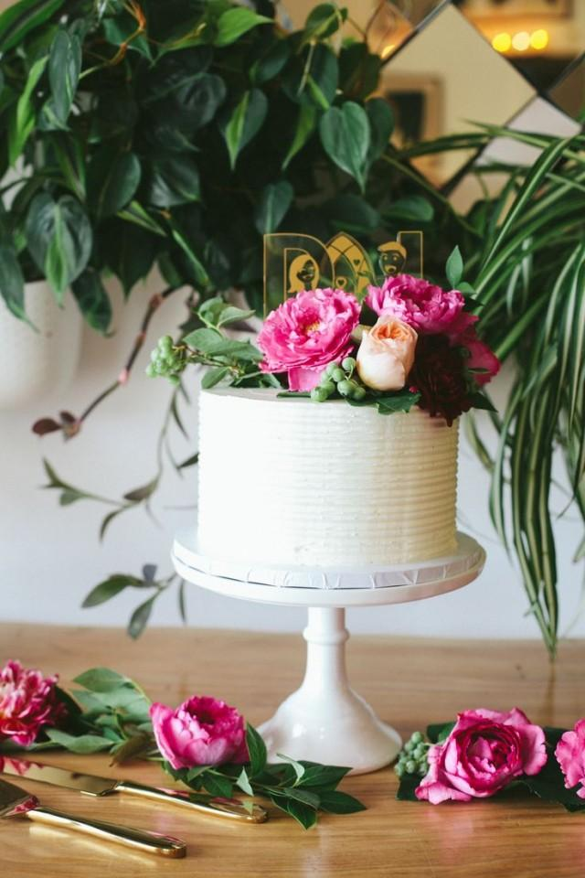 Outdoor Los Angeles Wedding With Ruby Red Details
