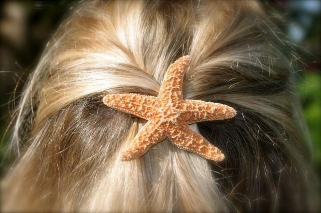 Mermaid Hair Clip,Starfish Hair Clip,Starfish Barrette,Mermaid Party Favors,Mermaid Birthday,Beach Wedding,Nautical Hair Clip