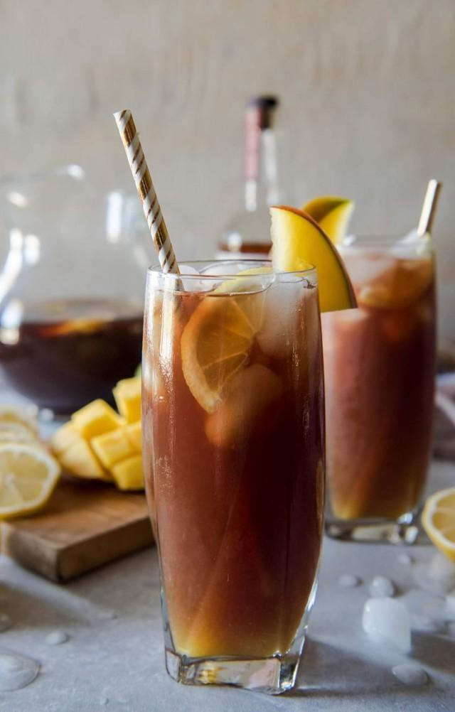 Change Up Your Brunch Beverage Game With This Southern Spiked Mango Iced Tea! Arnold Palmer-style Lemon Iced Tea Combined With Homemade Mango Necta…