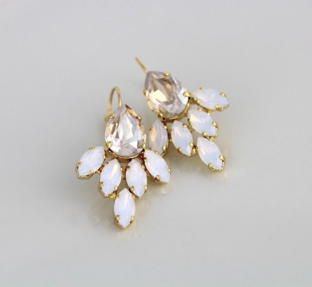 White opal earrings, Bridal earrings, Gold Wedding earrings, Bridal jewelry, Champagne earrings, Swarovski earrings, Crystal cluster