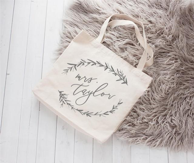 Bride Tote, Bridal Tote, Bride Gift, Bridal Party Totes, Engagement Gift, Bridal Shower Gift, Mrs. Tote, Bride Bag, Honeymoon Bag, Mrs Bag,
