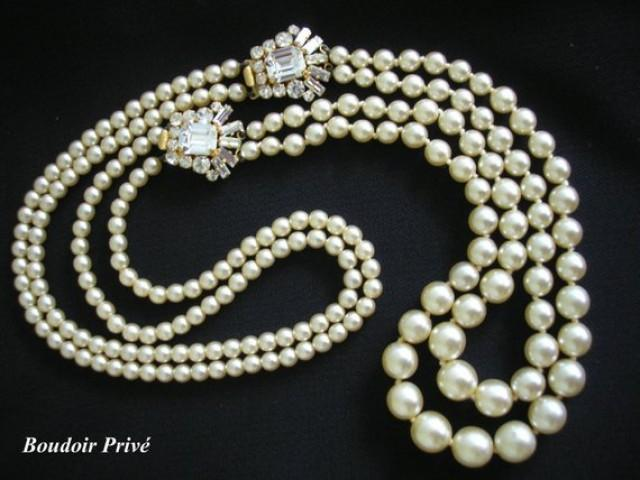 wedding photo - Long Pearl Necklace, Great Gatsby Pearls, Bridal Backdrop, Pearl Necklace, Backlace, Bridal Jewelry, Downton Abbey, Art Deco Style Jewelry