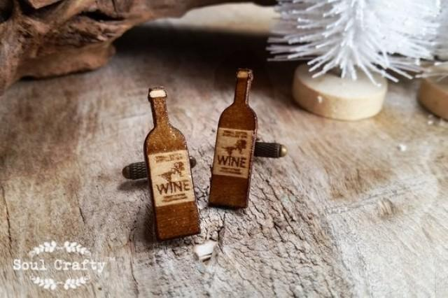 wedding photo - red white wine bottle Wooden Cufflinks Sparkling Wine Dad father's day Grooms Best man Groomsman Rustic Wedding Birthday Gift Cuff links