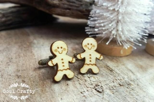 wedding photo - Gingerbread man Wooden Cufflinks Christmas cookie Dad Grooms Best man Groomsman Rustic Wedding Birthday Gift Cuff links
