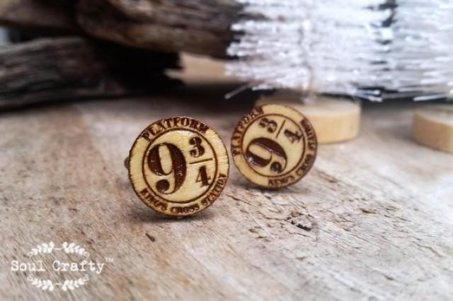wedding photo - Harry Potter 9 3/4 platform Wooden Cufflinks King's Cross station Dad Grooms Best man Groomsman Rustic Wedding Birthday Gift Cuff links