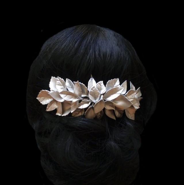 wedding photo - Leaf bridal hair comb. Wedding headpiece.