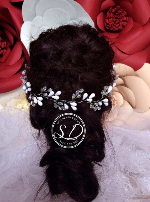 wedding photo - White crystal tiara