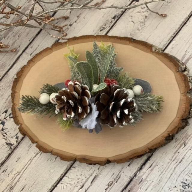 wedding photo - Christmas hair comb Greenery woodland Winter pine cone hair comb Rustic wedding bridal hairpiece Xmas headpiece Winter hair accessories