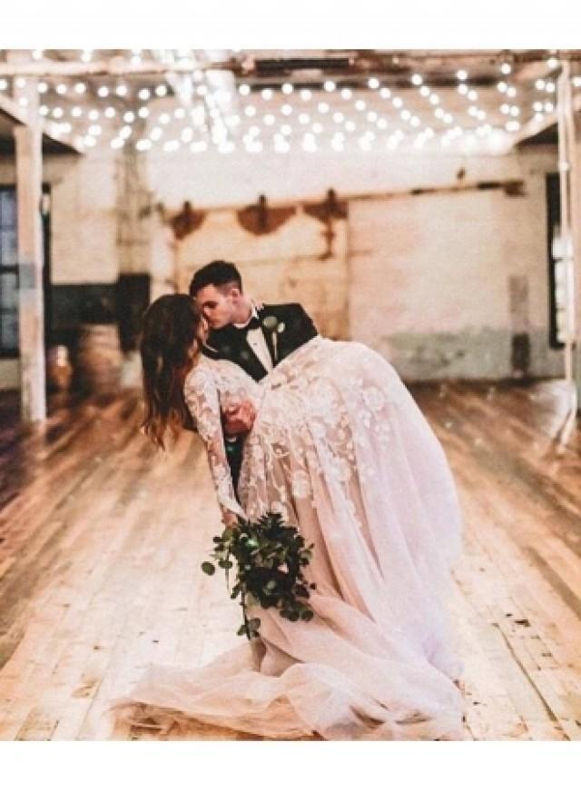 wedding photo - Elegante Hochzeitskleider Spitze Mit Ärmel Etuikleider Brautkleider Günstig Modellnummer: XY114
