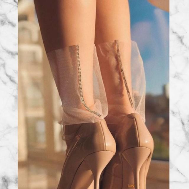 wedding photo - Black or pink Tulle Socks