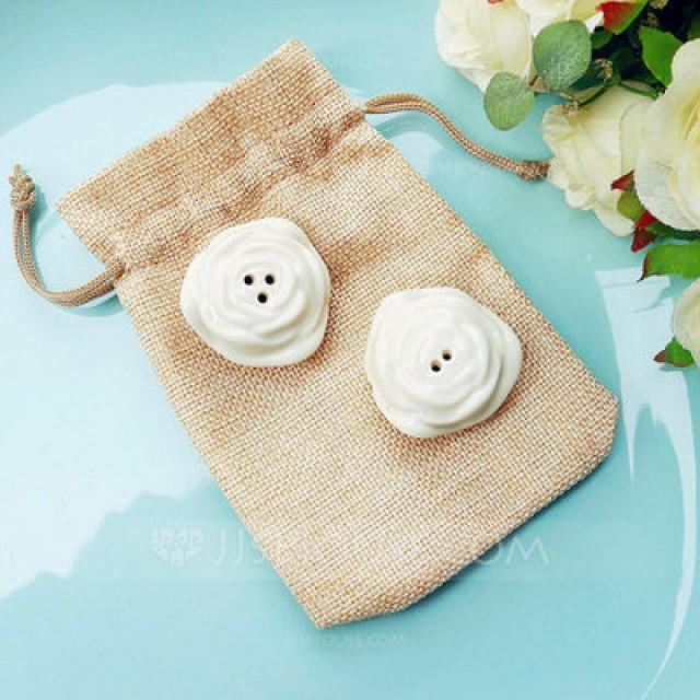 wedding photo - BeterWedding In Bloom Ceramic Flower Salt and Pepper Shakers