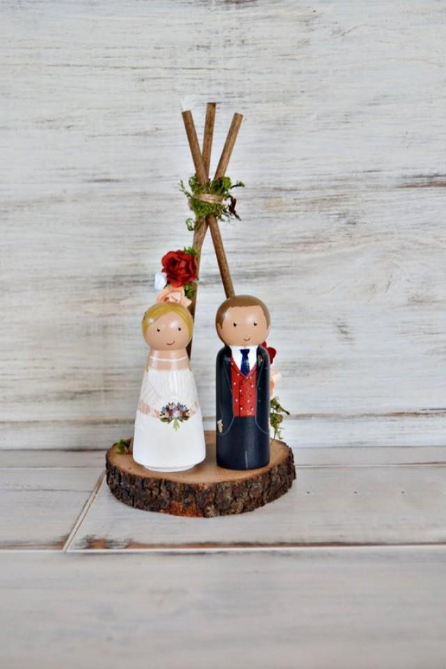 wedding photo - Boho Wedding Cake Topper Floral Tee pee, Personalized Bride and Groom, Unique Wood Figurines Mariage, Bohemian Wedding, Tribal Decor.