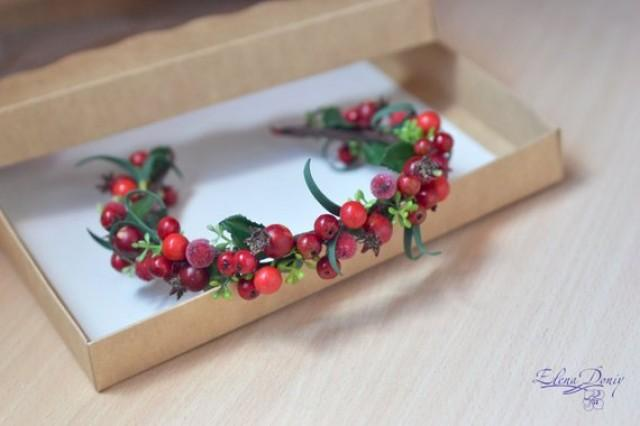 wedding photo - Rustic wedding berries crown Woodland hair wreath Red fall wedding Berries headband Forest wedding crown Christmas gift