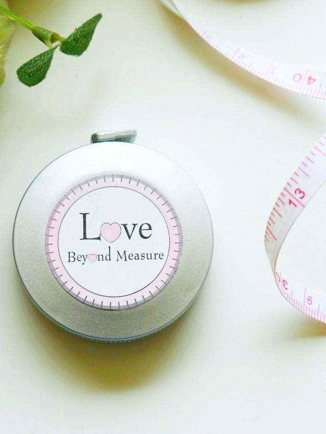 wedding photo - BeterWedding Love Beyond Measuring Tape Keychain Kindergarten favor ZH004  http://Shanghai-Beter.Taobao.com