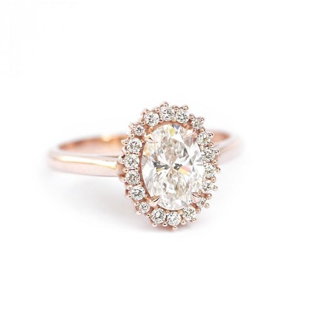 wedding photo - Oval Diamond 1.16 carat Unique Engagement Ring, Diamond Diana