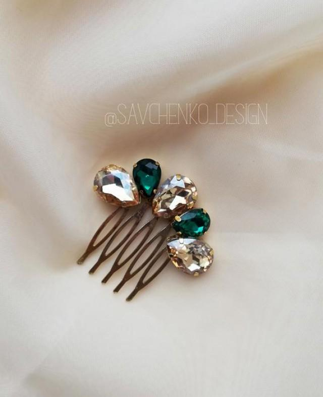 wedding photo - Emerald bridal hair comb