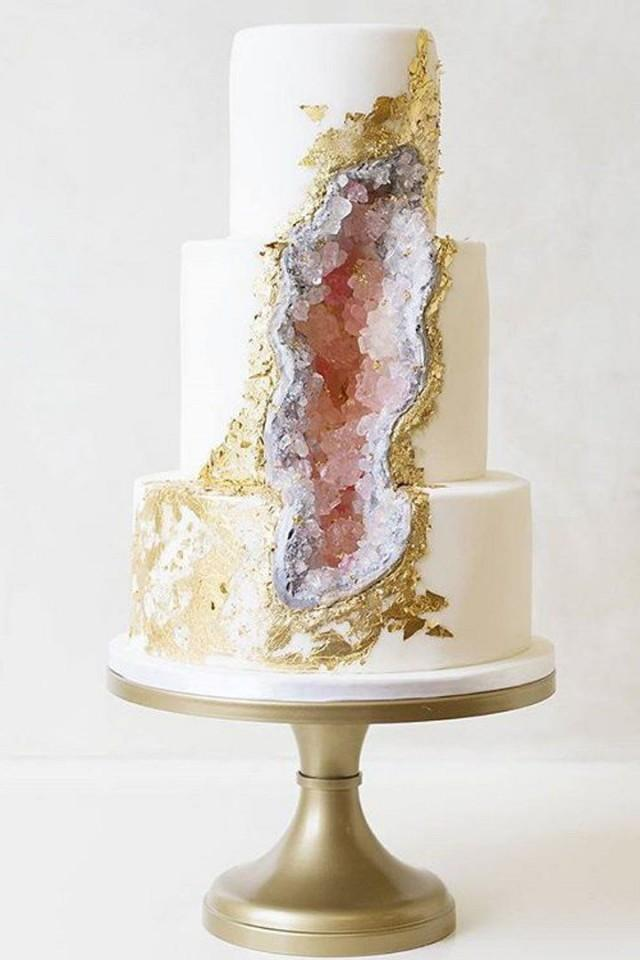 This May Be The Next Big Wedding Cake Trend