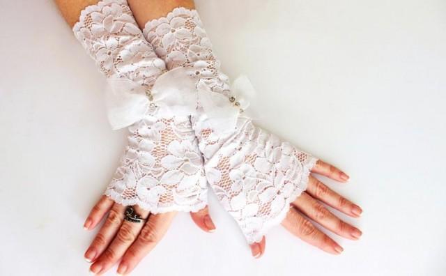 wedding photo - White long lace gloves wedding cuff, white mittens, white fingerless bridal gloves, gift for her, victorian wedding belly dance boho bride