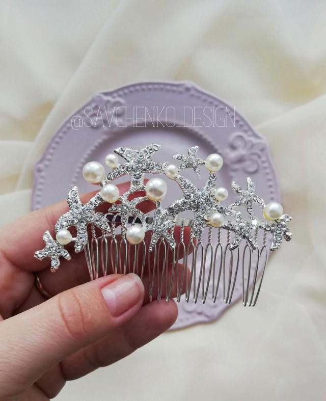 wedding photo - Starfish hair comb Beach Wedding hair clip Tocado novia headpiece Seashell hair comb bridal hair accessories mermaid headpeice savchenko