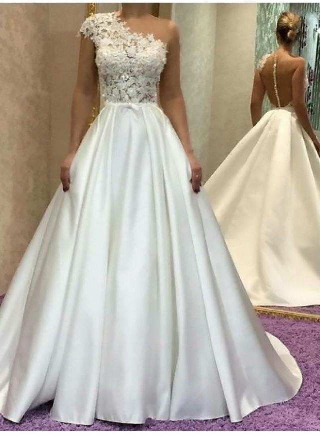 wedding photo - Schlichtes Brautkleid A Linie