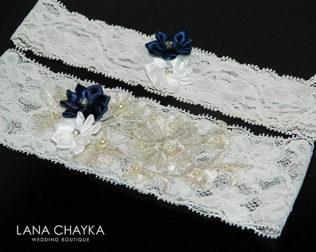wedding photo - Wedding Garter Set, Bridal Lace Garter Ivory White Garter Set, White Navy Blue Flower Garter Set, Rustic Garter Sets, Bridal Keepsake Garter