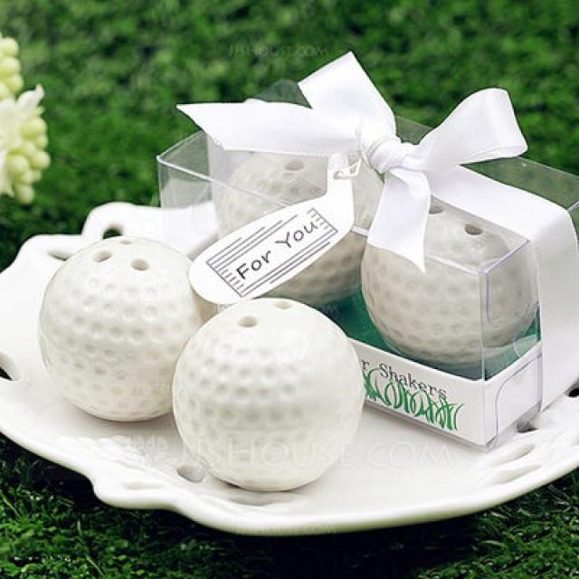 wedding photo - BeterWedding Ceramic Golf Ball Salt and Pepper Shaker Club Promotion Gifts (Set of 2)