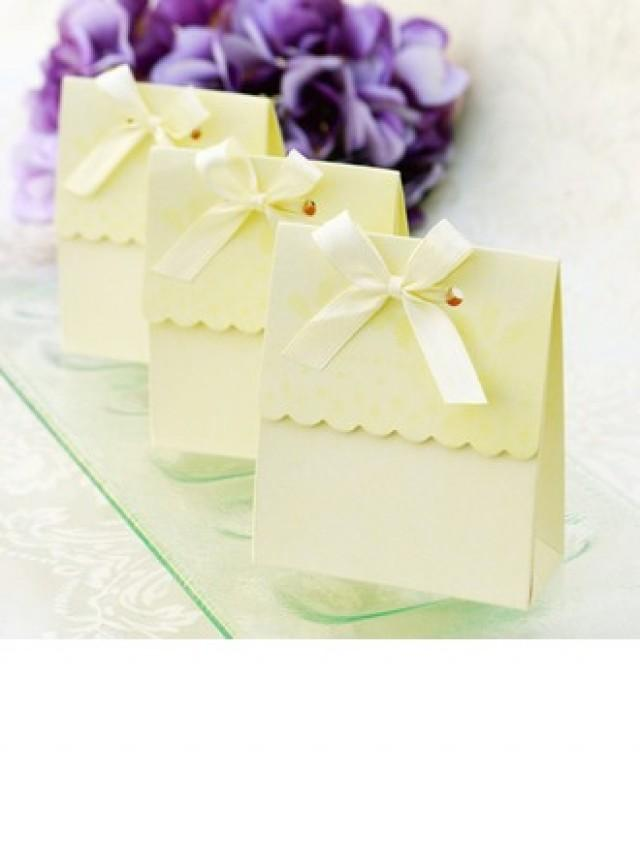 wedding photo - BeterWedding Sweet Scalloped Favor Box