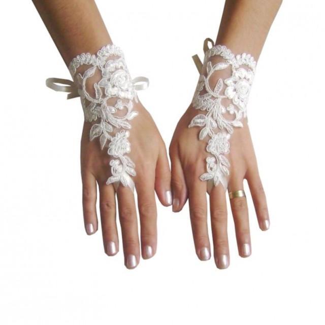 wedding photo - ivory Wedding Glove, lace gloves, Fingerless Glove, wedding gown, UNIQUE Bridal glove, wedding bride, bridal gloves, bridetobe, prom