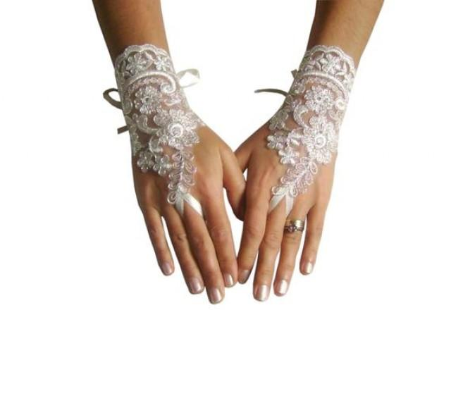 wedding photo - Lace bridal glove, ivory glove, silver cord wedding gloves, bride, bridetobe, handmade, gift woman, lace accessories, bridal accessories