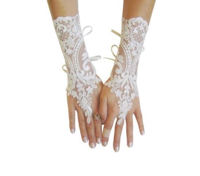 wedding photo - Ivory Wedding gloves, bridal gloves, lace gloves, fingerless gloves, french lace gloves, bridal accessories, lace gauntlets, long gloves